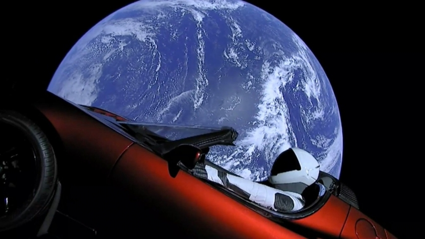 Tesla Roadster, Tesla, SpaceX